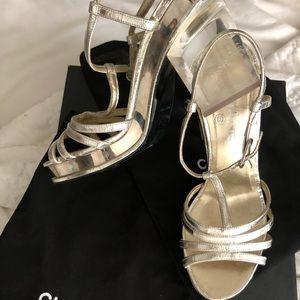 Chanel 2012 Gold Platform Lucite Heels wit…